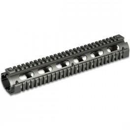 UTG PRO Rifle Length Quad Rail Handguard MTU003